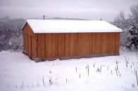Hangar agricole bois neige montagne