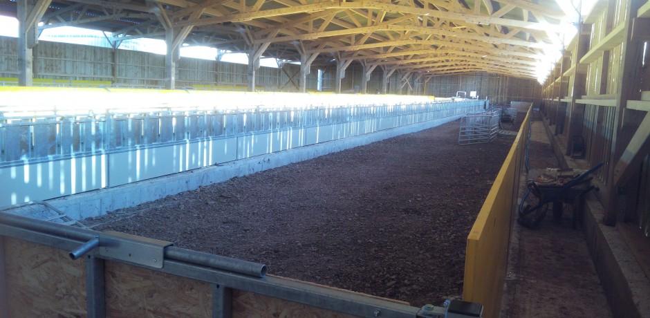 chèvrerie bois aménagement intérieur