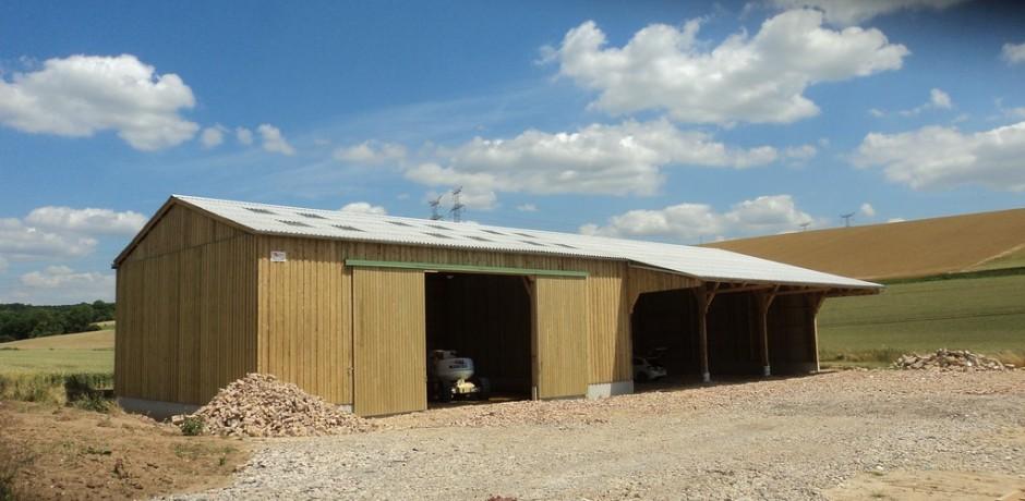 batiment de stockage de materiels agricoles